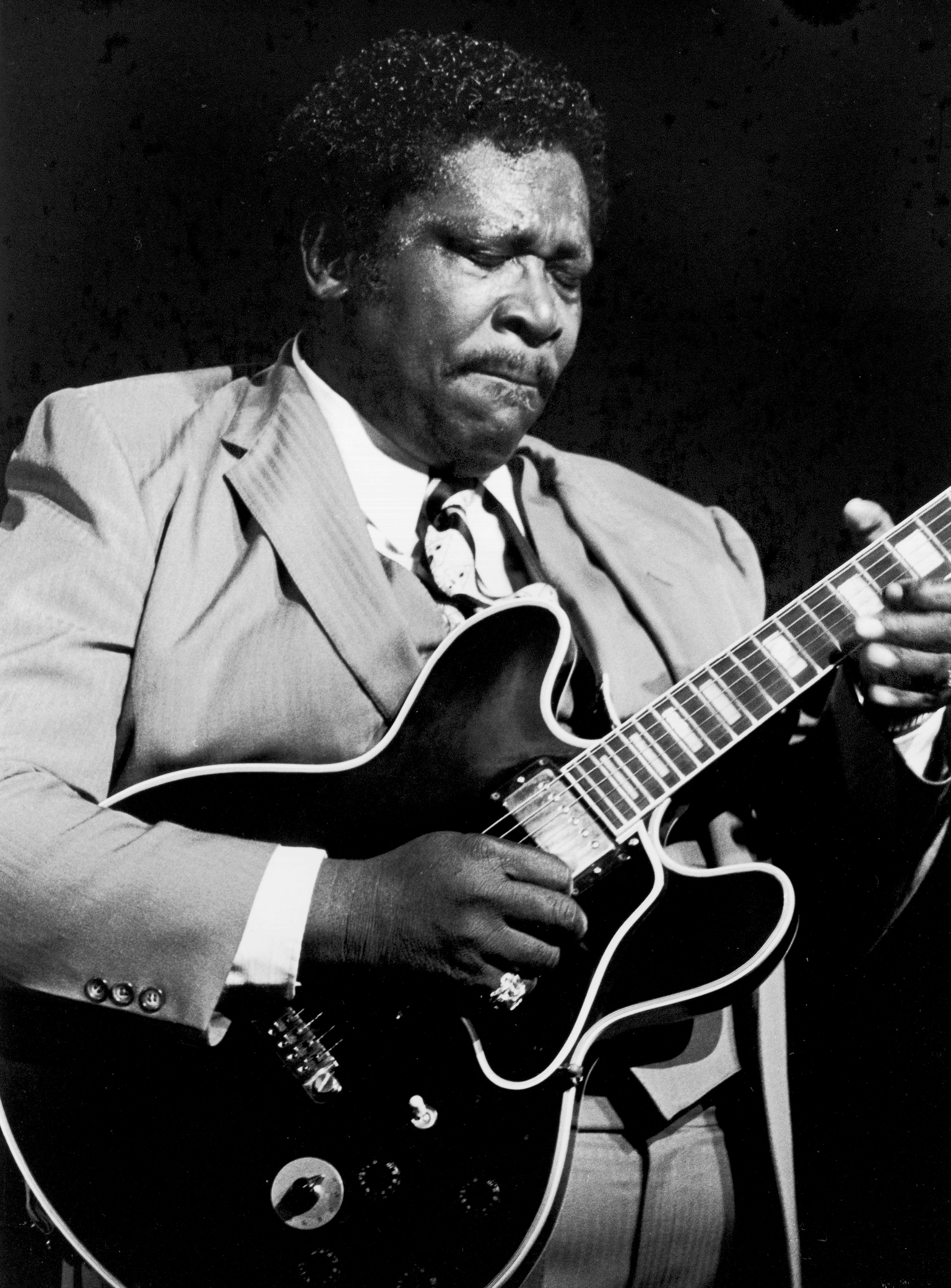 D 70527-04  B B King.   .  American blues guitarist and singer-songwriter B. B. King pictured performing live on stage at the Hammersmith Odeon, London, UK, in the mid 1980's., Image: 220172435, License: Rights-managed, Restrictions: , Model Release: no, Credit line: Profimedia, TEMP Camerapress