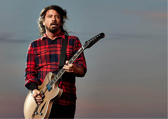 (FILE) A file picture dated 07 June 2015 shows frontmann Dave Grohl of the US Rockband 'Foo Fighters' performing at the music festival 'Rock am Ring' in Mendig, Germany. The band has cancelled next concerts in Belgium, at Edinburgh's Murrayfield Stadium and London's Wembley Stadium after Dave Grohl broke his leg during a concert in Sweden on 12 June., Image: 248059437, License: Rights-managed, Restrictions: , Model Release: no, Credit line: Profimedia, TEMP EPA
