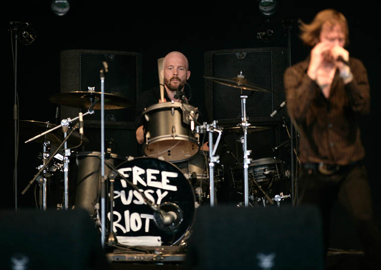 BIDDINGHUIZEN, NETHERLANDS - AUGUST 17: (L-R) David Sandstrsm and  Dennis Lyxzen of Refused perform at Lowlands Festival on August 17, 2012 in Biddinghuizen, Netherlands.  (Photo by Mark Venema/Getty Images)